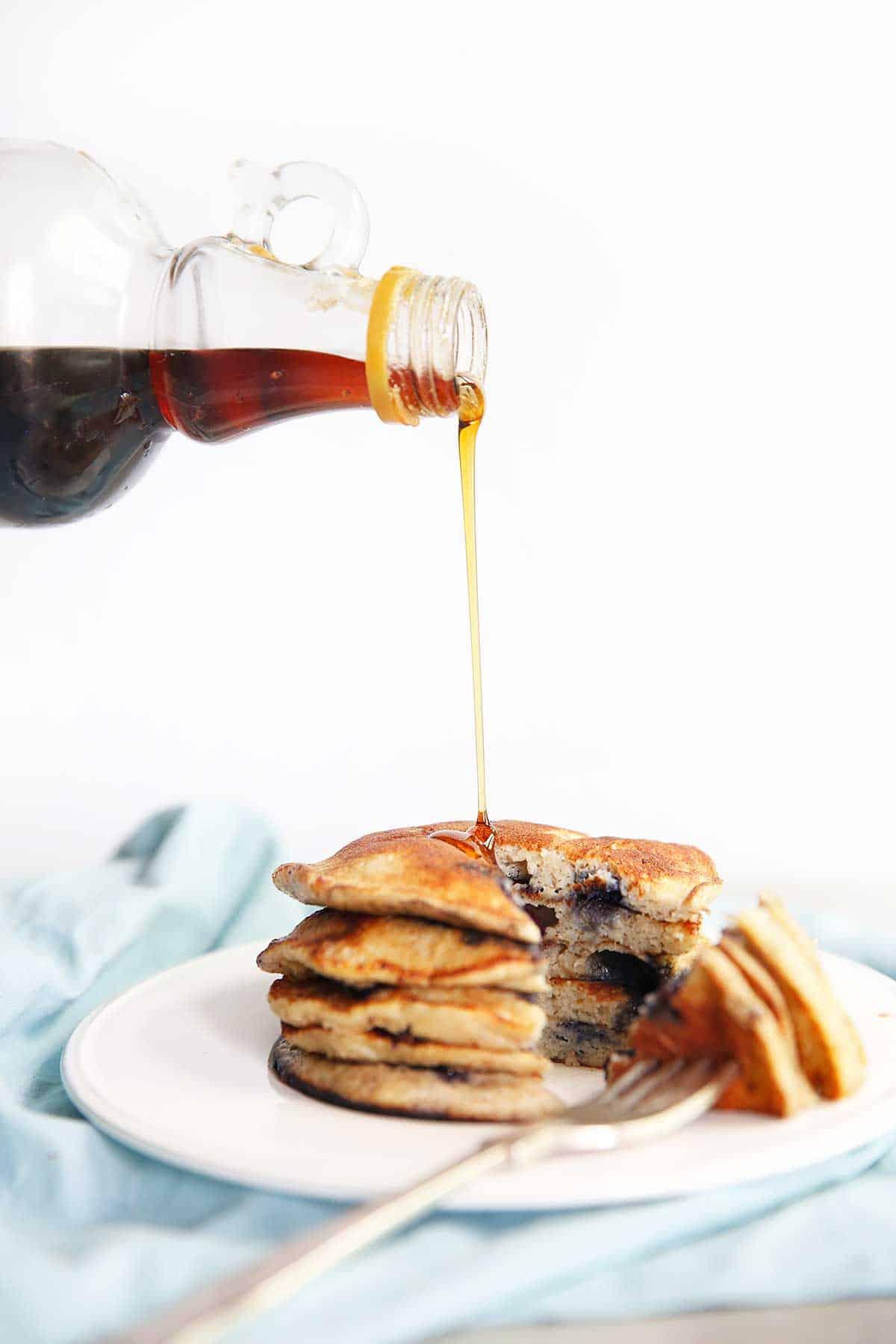 5-Ingredient Protein Pancakes | Lexi's Clean Kitchen