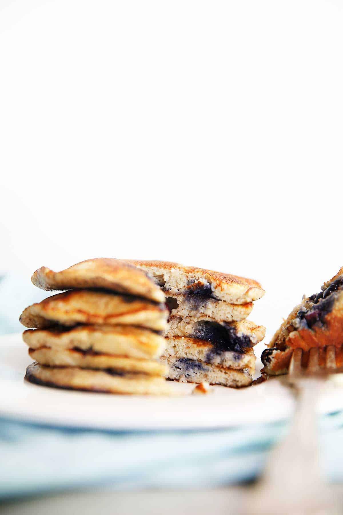 5-Ingredient Protein Pancakes