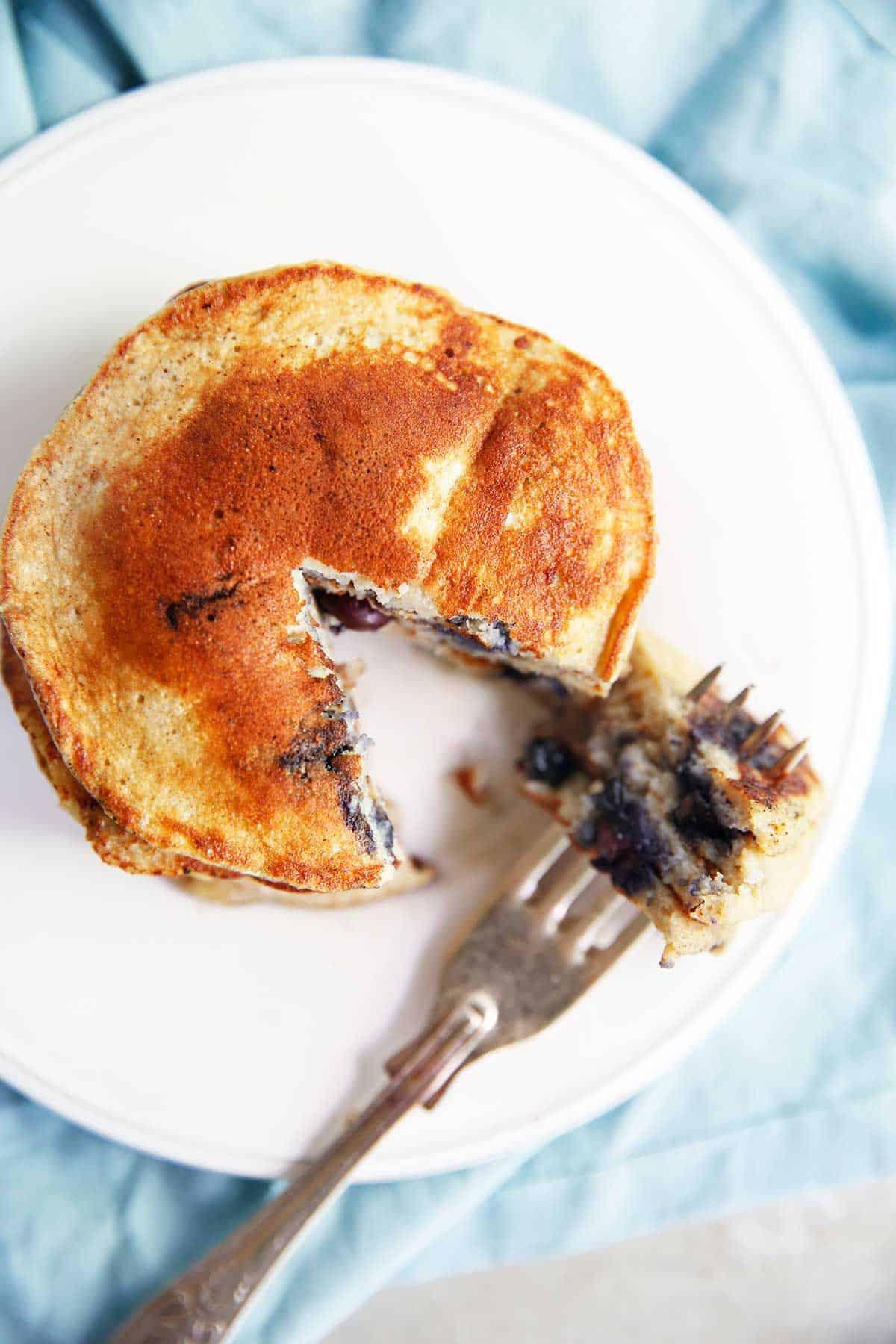 5 Ingredient Protein Pancakes Lexi S Clean Kitchen