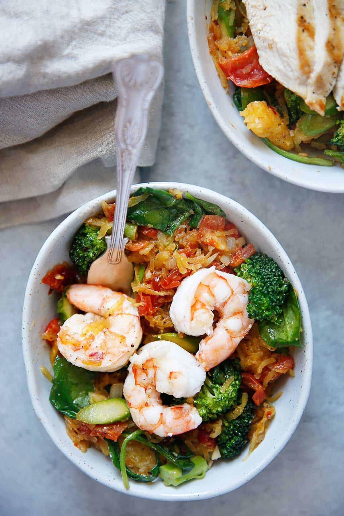Spaghetti Squash Primavera {grain-free, dairy-free option, paleo-friendly} | Lexi's Clean Kitchen