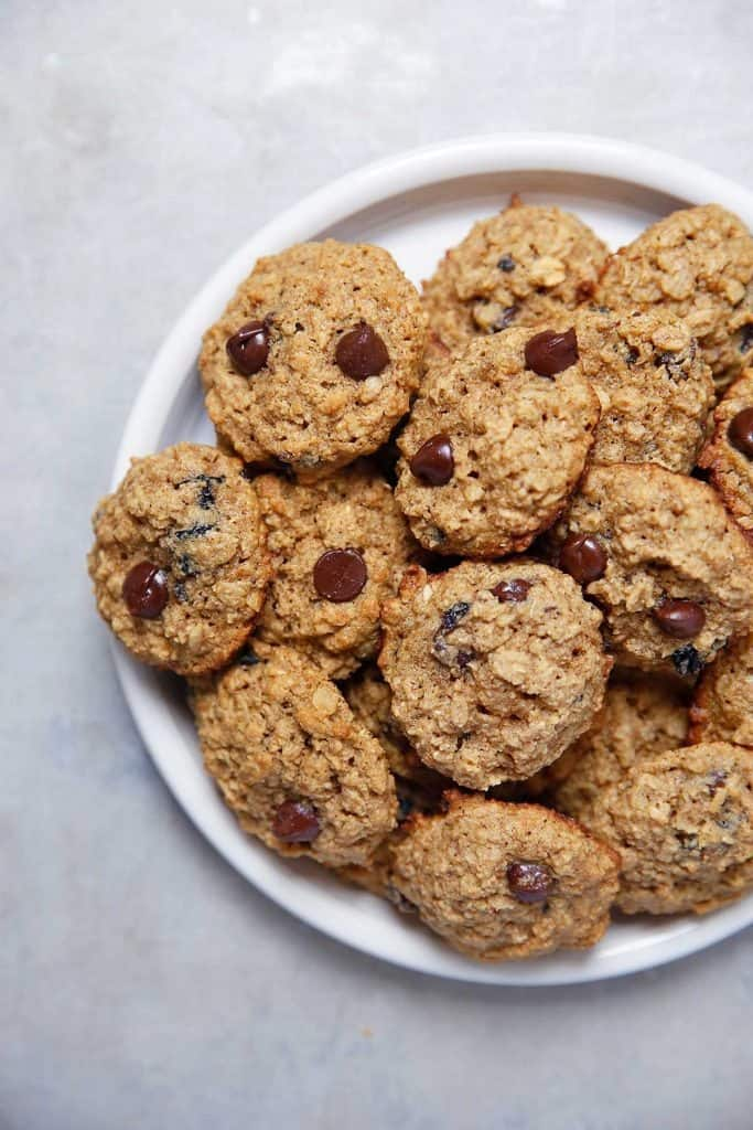 Gluten Free Oatmeal Raisin Cookies | Lexi's Clean Kitchen
