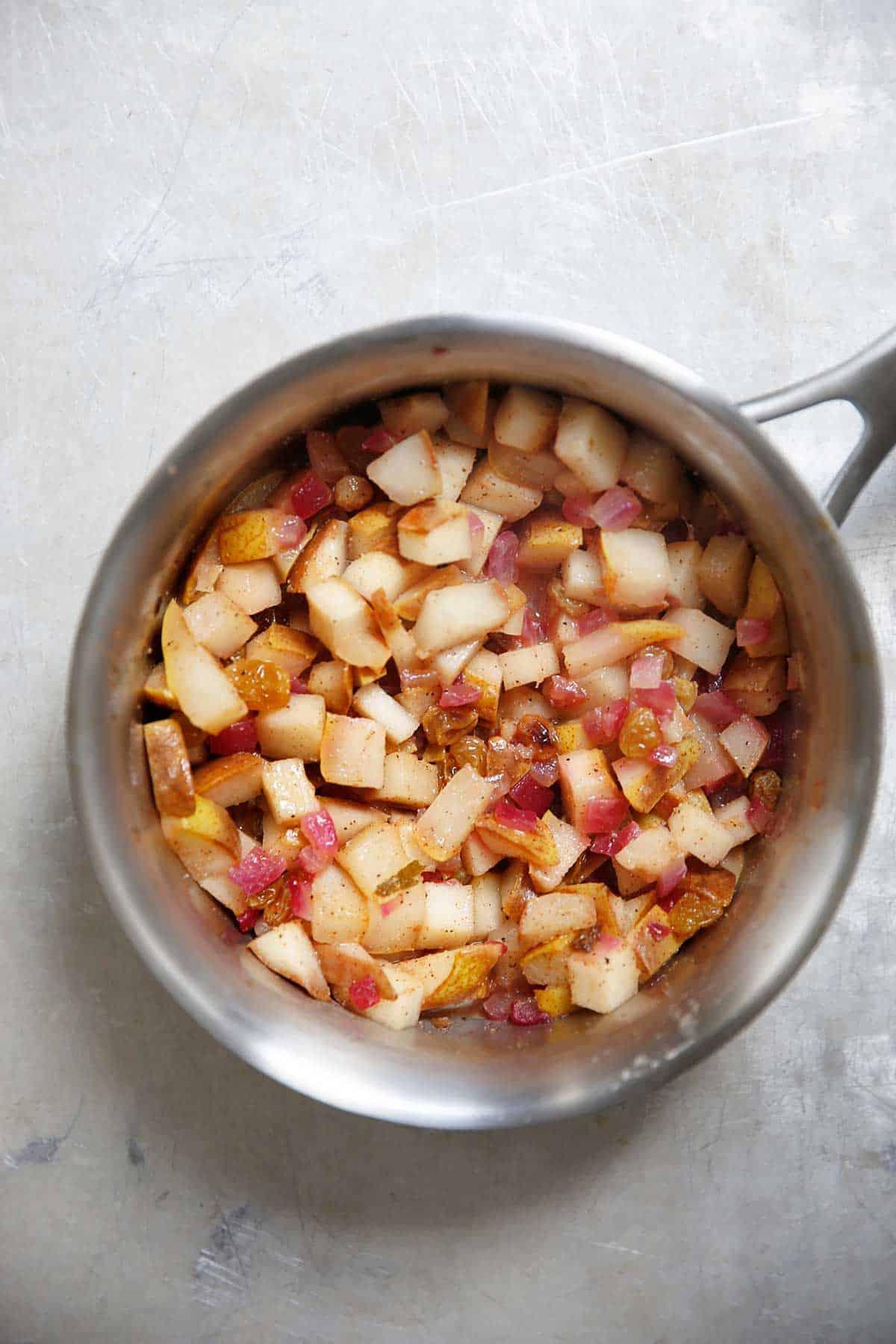 Pear chutney in a pot