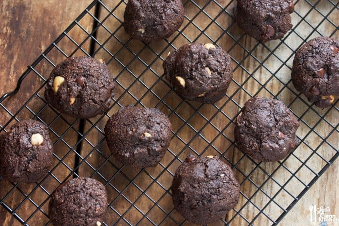 Double Chocolate Chunk Macadamia Nut Cookies (GF, DF, PALEO)