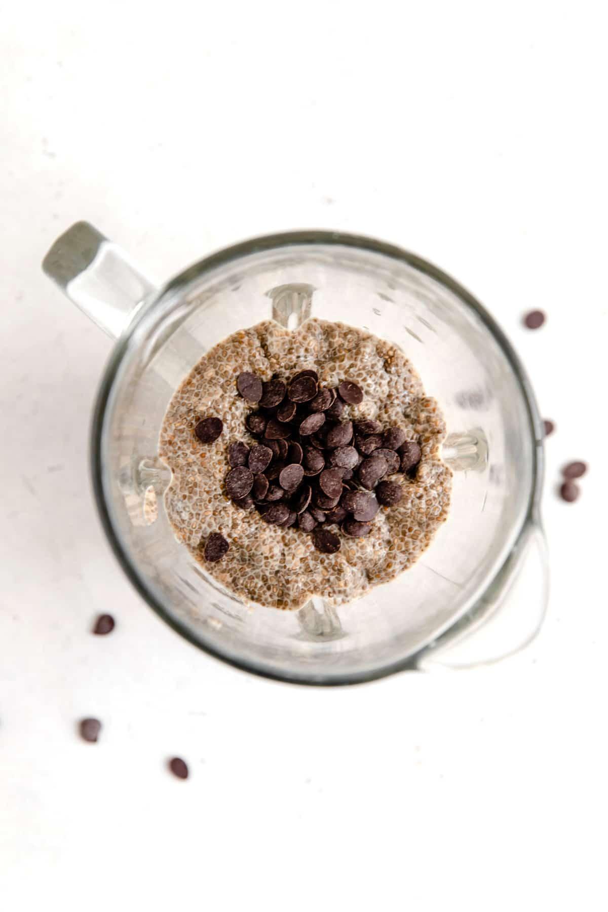 Espresso chia pudding in a blender