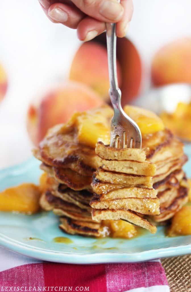 Cinnamon Crunch Peach Pancakes Recipe