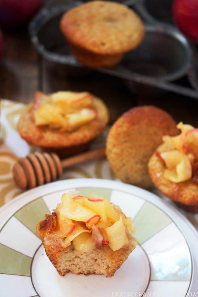 Honey Cake Cupcakes