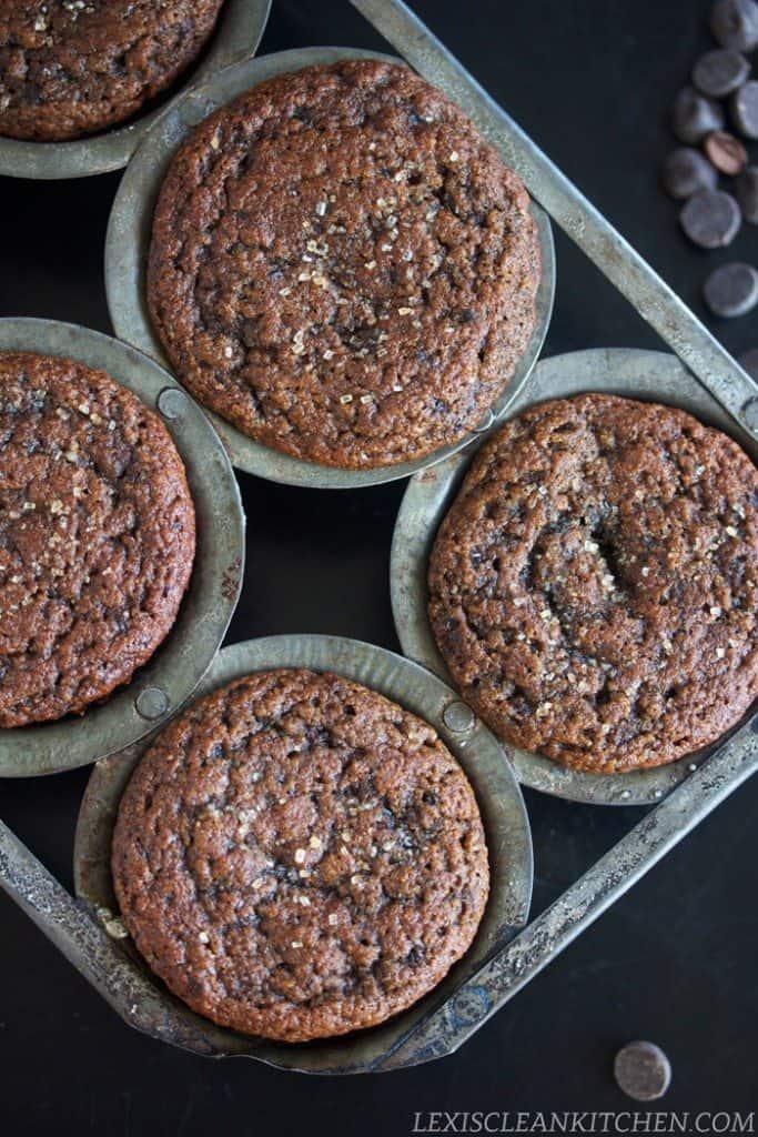 Healthy gluten free chocolate muffins