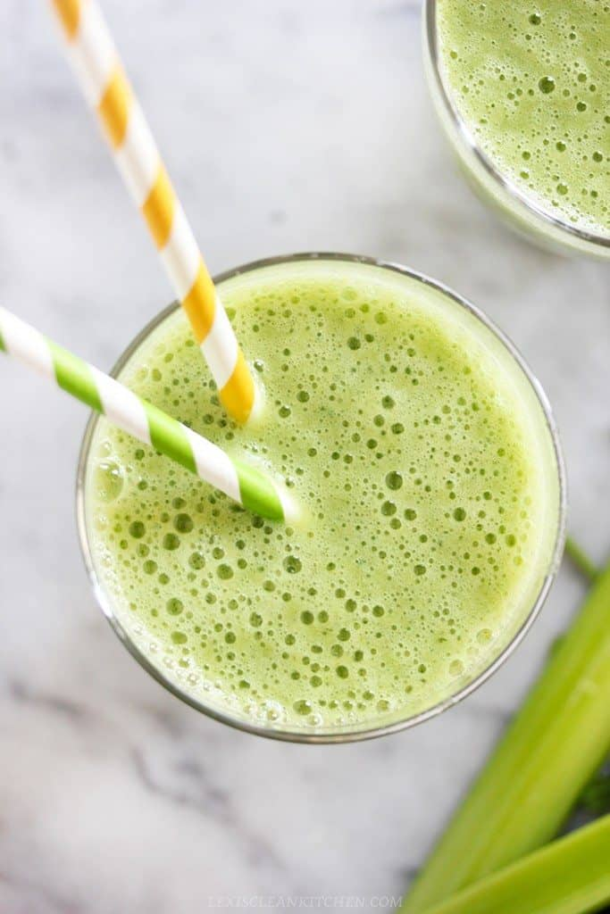 Island Blast Green Smoothie [VIDEO]