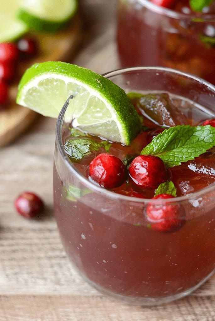 cranberry mint mojito