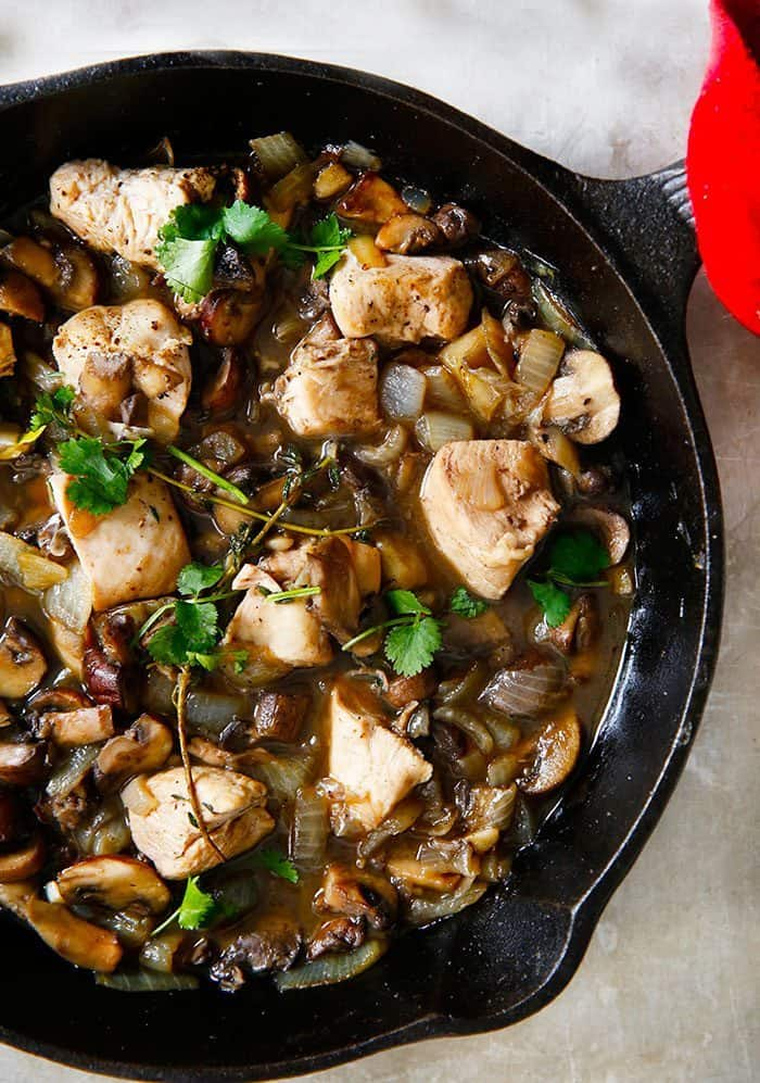 One-Pan Chicken in Mushroom Sauce
