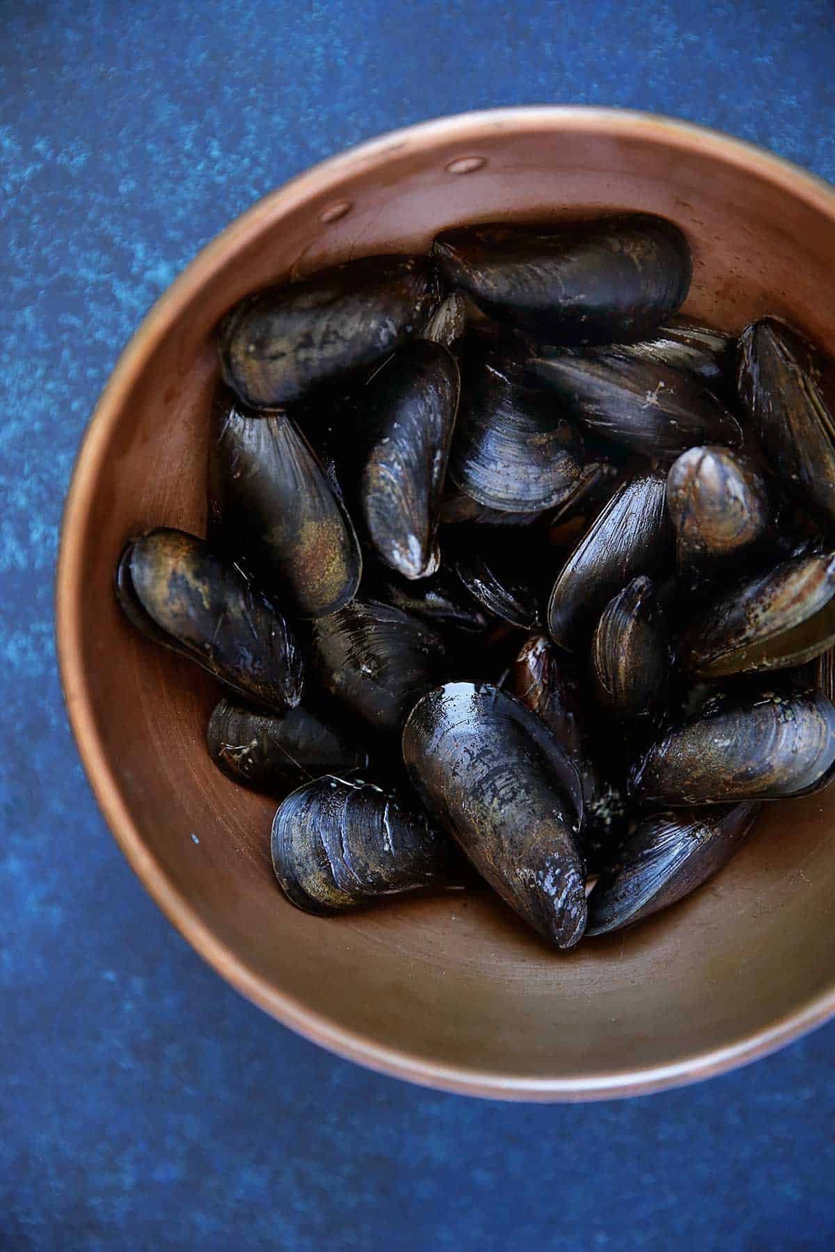 Mussels with Creamy Dijon Sauce