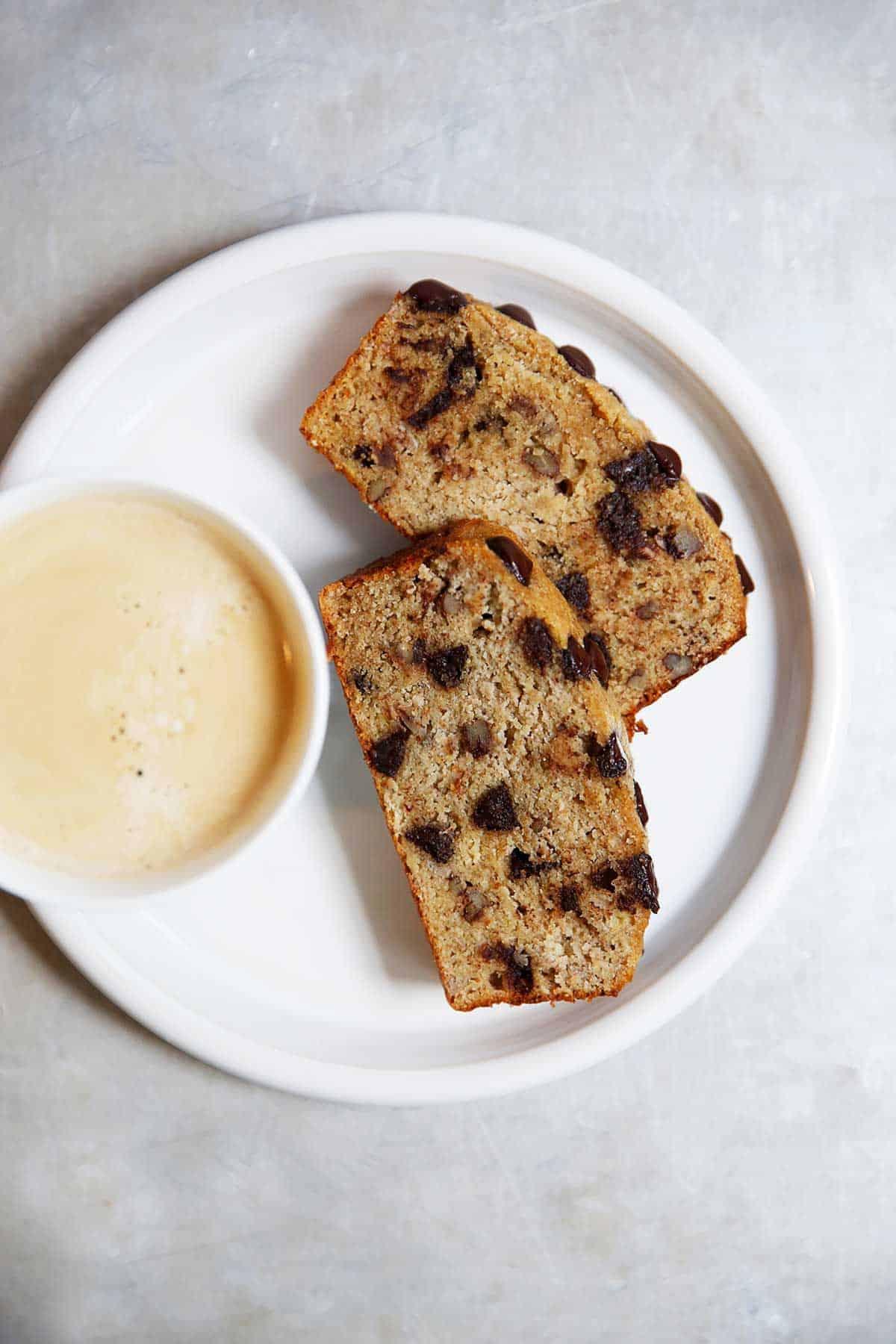 Paleo Brown Butter Banana Bread {Gluten-free, grain-free} | Lexi's Clean Kitchen