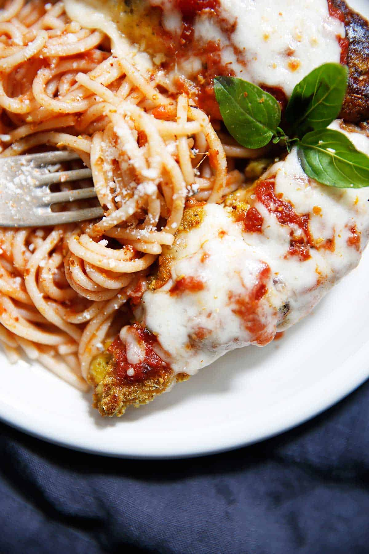 Low Carb Chicken Parmesan (keto, paleo) - Lexi's Clean Kitchen