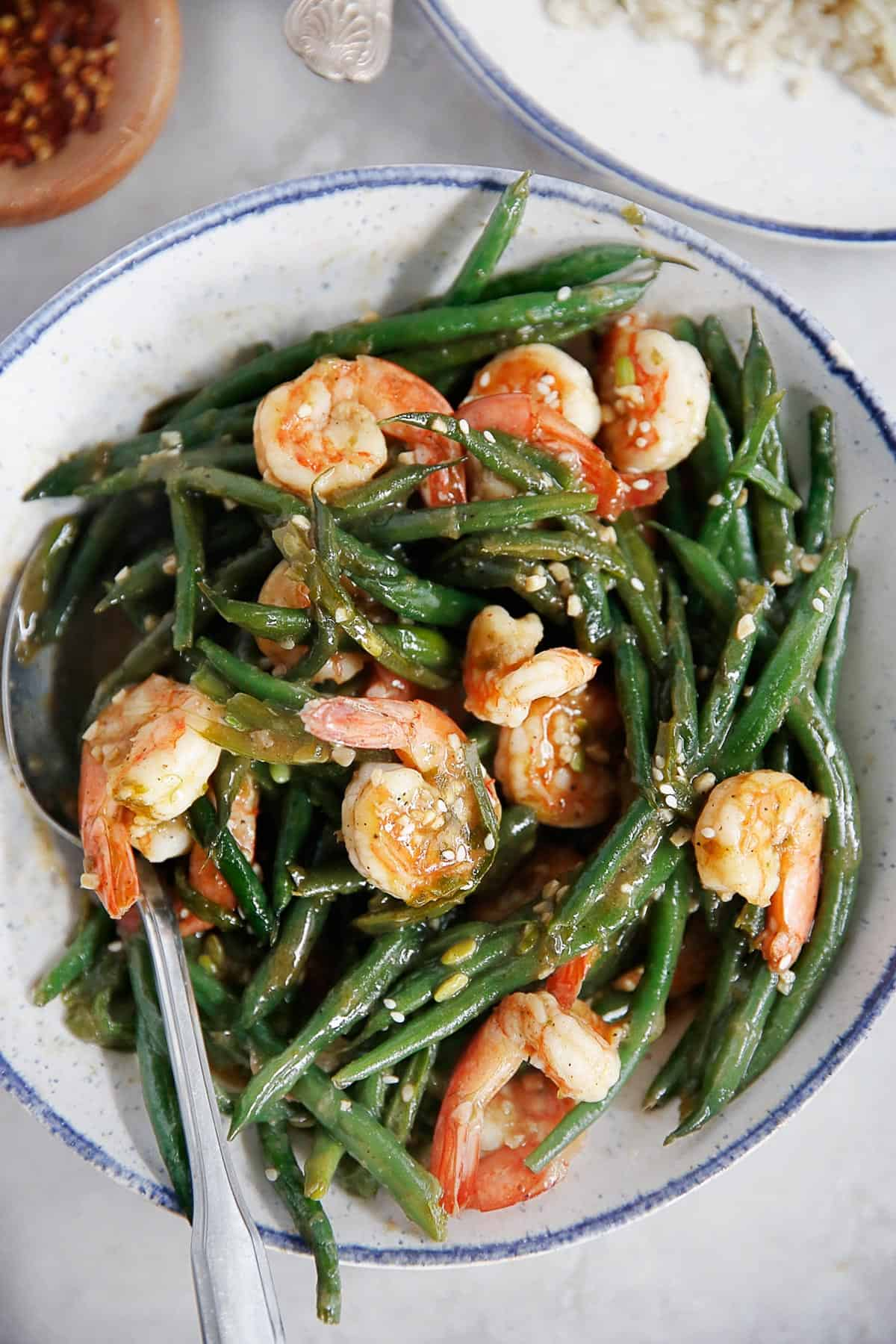 One-Pan Shrimp and Green Beans in Chinese Garlic Sauce