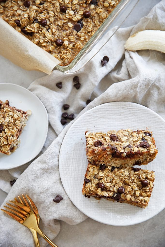 Peanut Butter, Banana, Chocolate Chip Baked Oatmeal