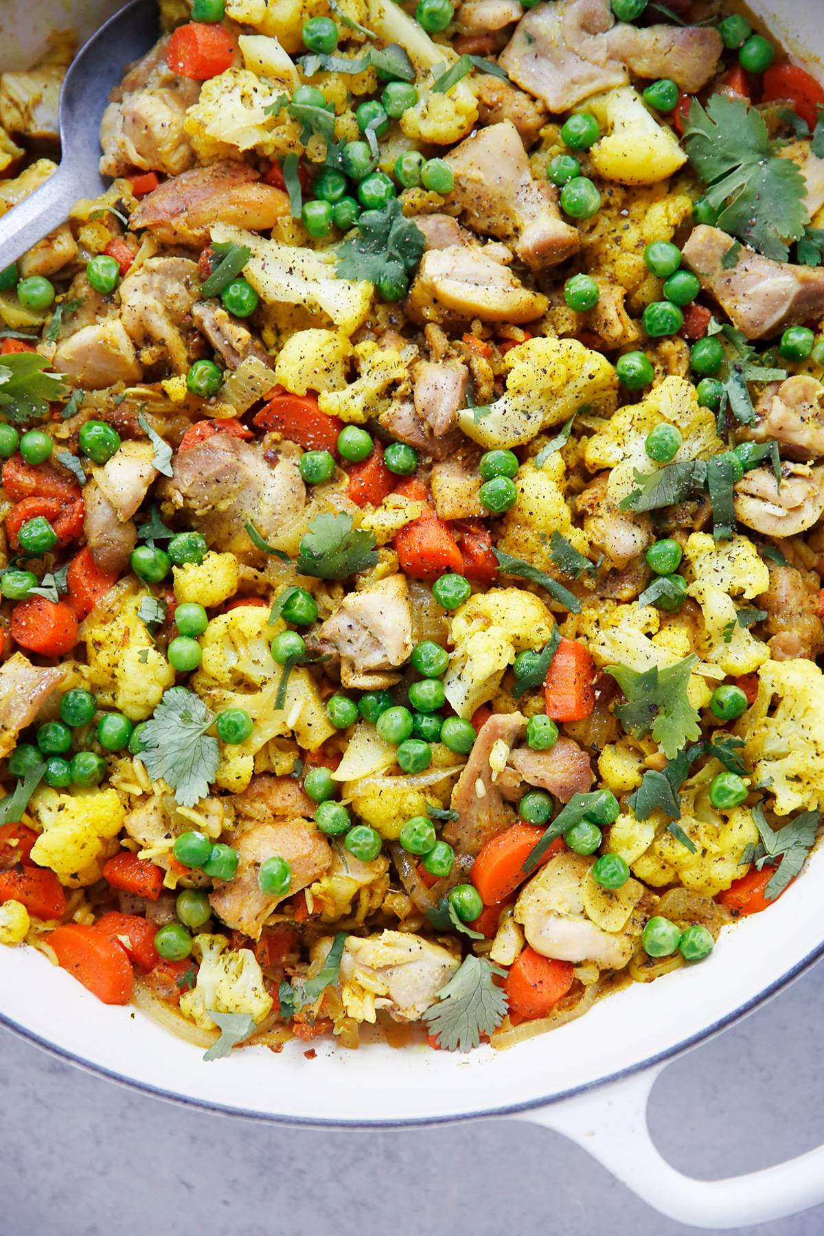 One Pot Turmeric Chicken And Rice Lexi S Clean Kitchen