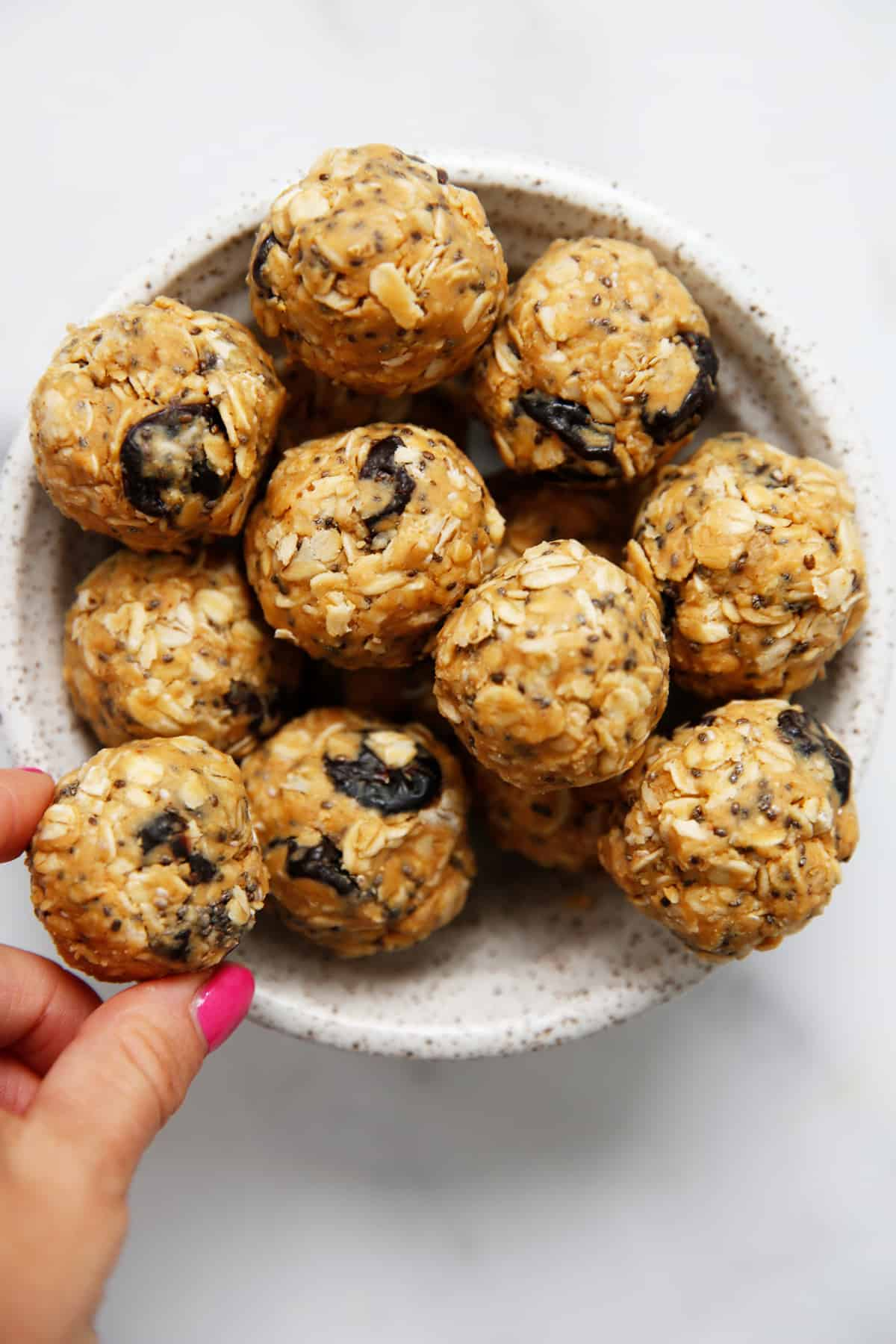 oats and peanut butter balls