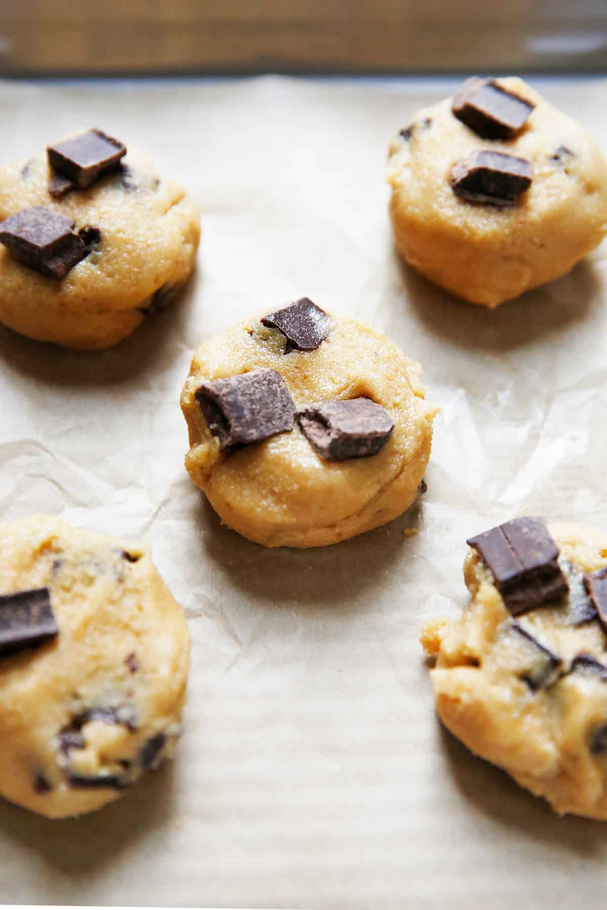 gf chocolate chip cookie dough balls