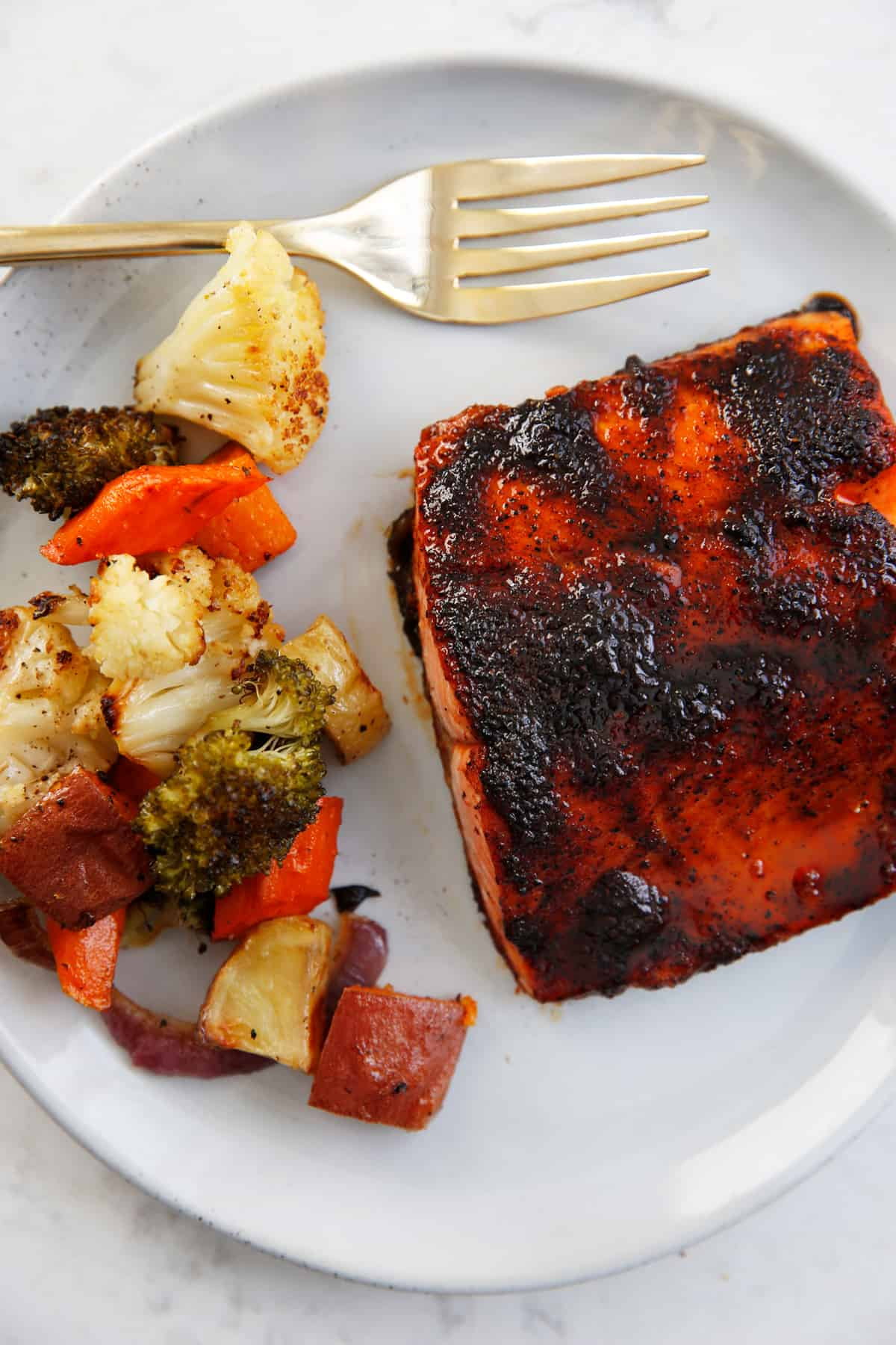 Maple glazed salmon with veggies