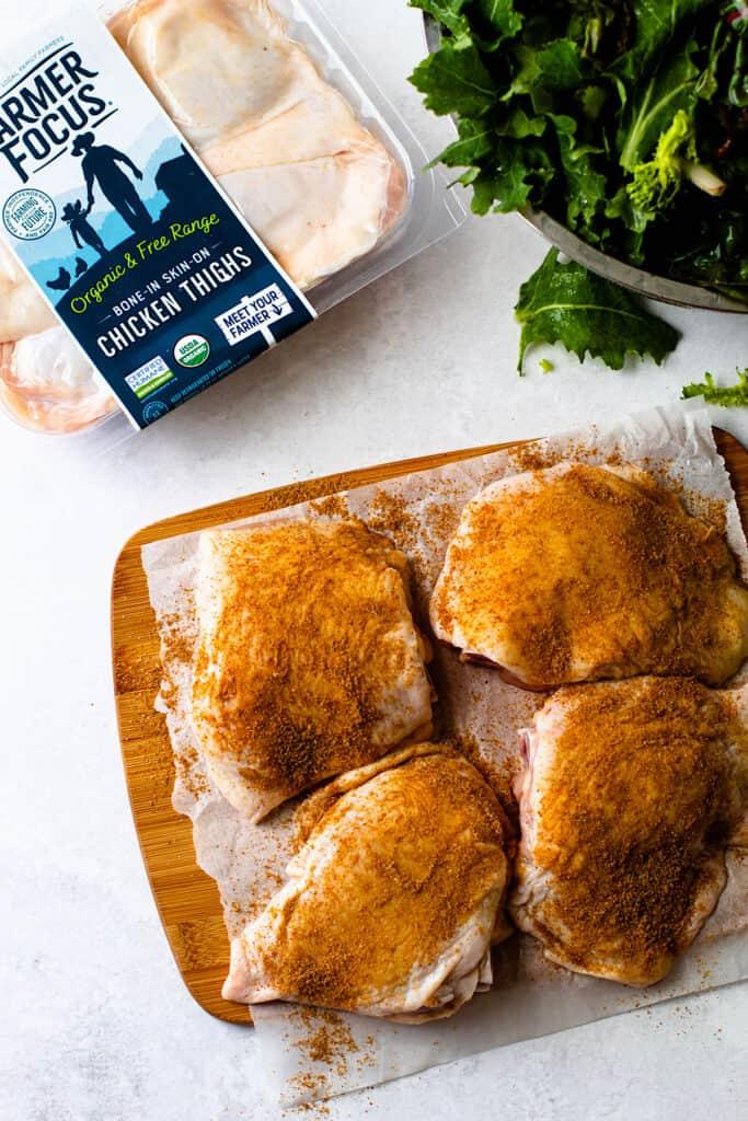 Ingredients for crispy chicken thighs.
