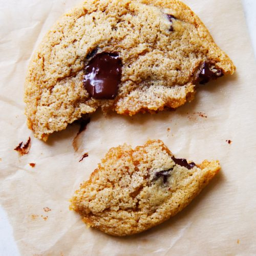 The-BEST-paleo-chocolate-chip-cookies4